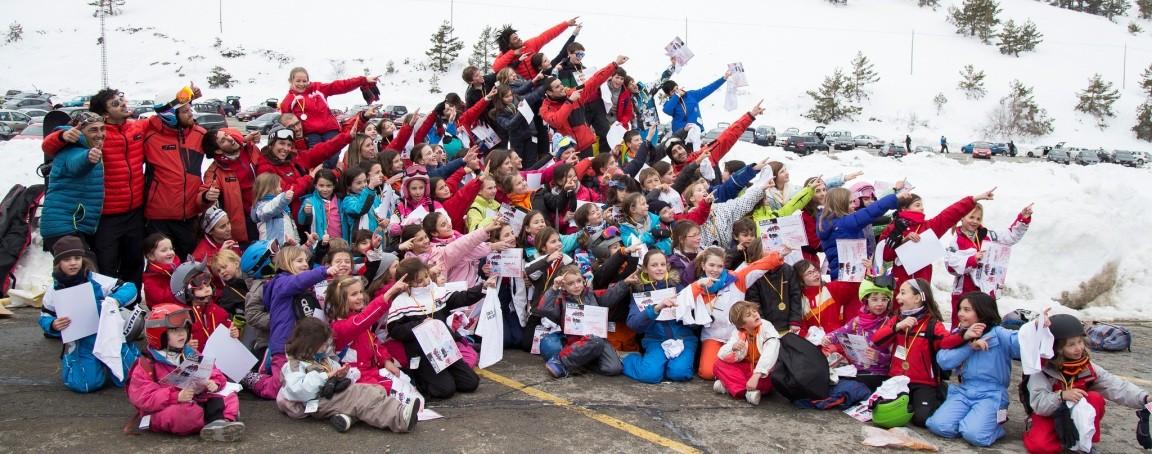 Cursos de ski en Valdesquí: descubrir y disfrutar el esquí